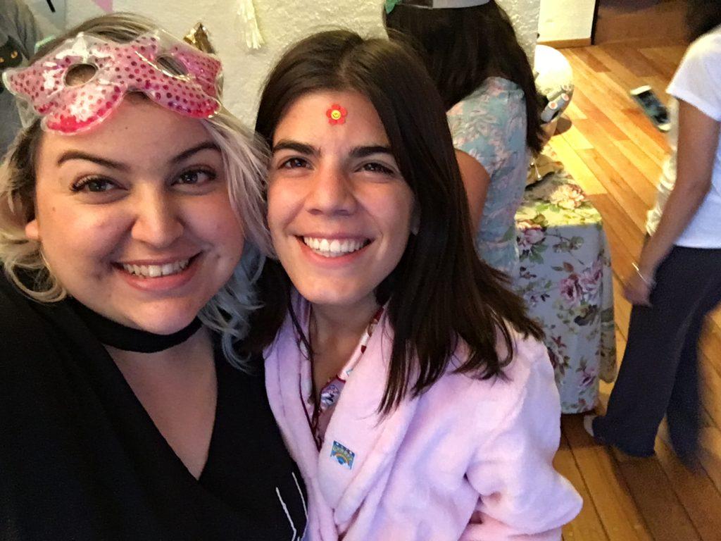 pijamada-malvestida-curvy-blogger-gabilu-mireles-fat-gab-camino-real-polanco-girl-power-gorda-pizza-mexico-cotilleo