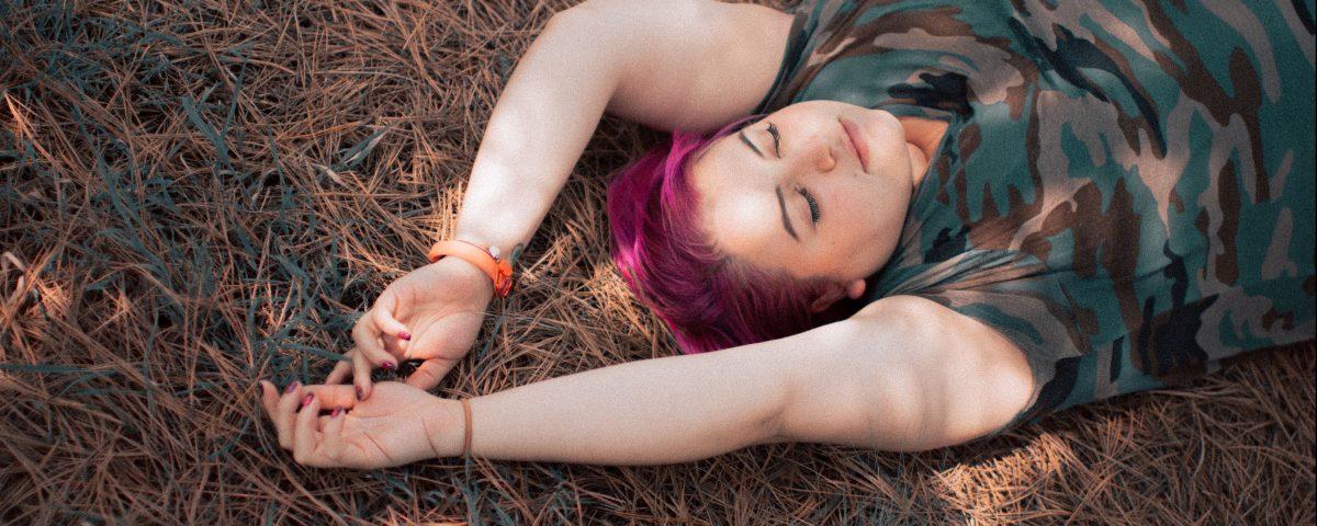 gabilu-mireles-fat-gab-curvy-blogger-mexicana-vida-amor-propio-presión-poema-literatura-escritora